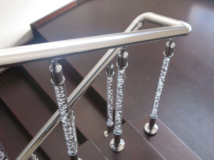 Винтовая лестница (84 фото): нюансы установки своими