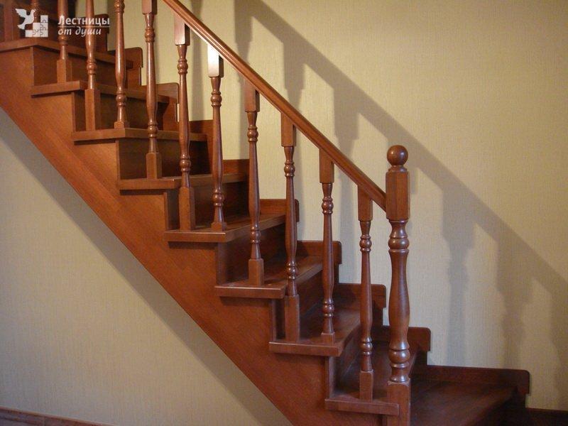 Лестница своими руками из дерева фото