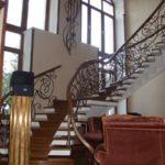 Каркас лестницы - бетонный косоур