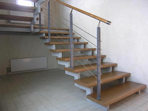 Лестница на косоуре своими руками