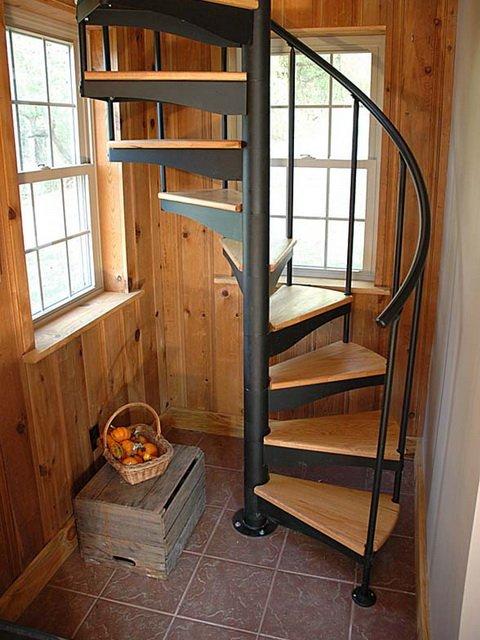 Лестницы для маленьких помещений своими руками