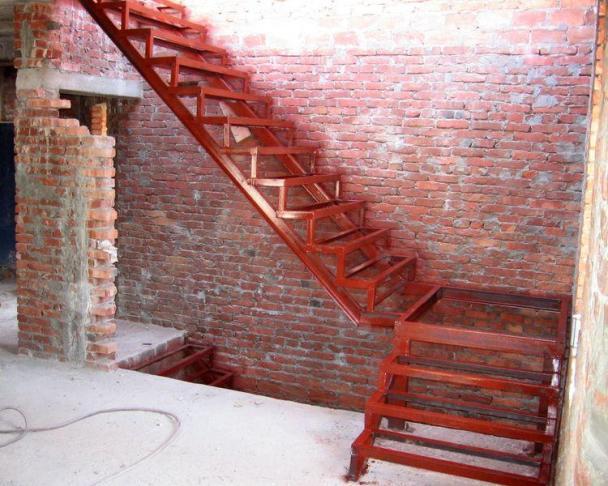 Фото металлических лестниц для дома своими руками