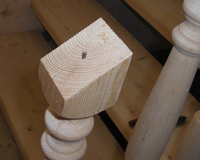 Деревянные балясины для лестницы фото
