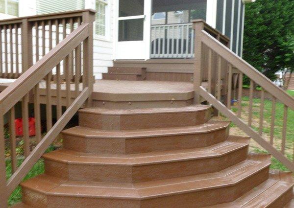 Наружная лестница в дом своими руками