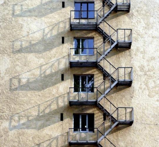 Маршевая (эвакуационная) наружная лестница