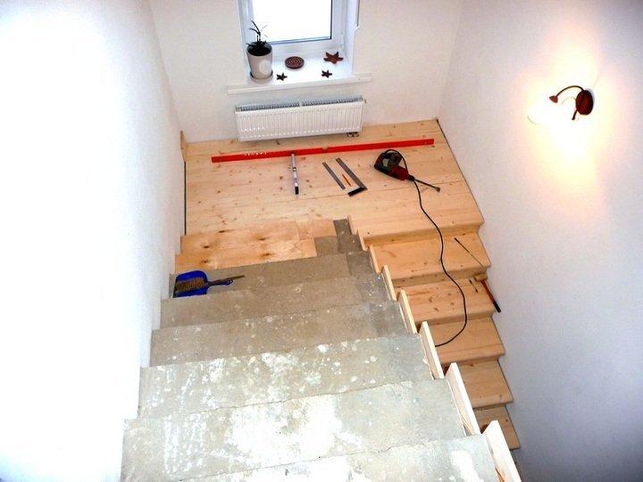 Отделка бетонных лестниц деревом своими руками
