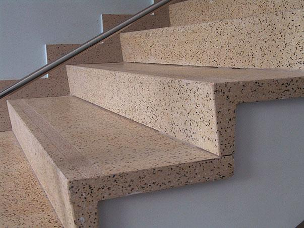 Как положить плитку на бетонную лестницу
