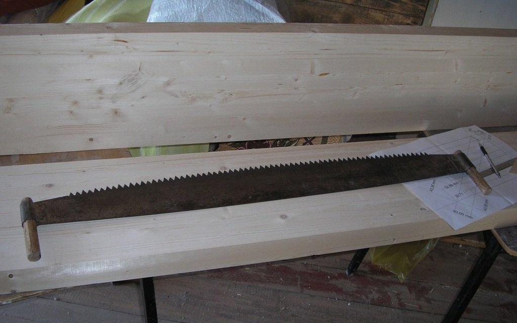 Деревянные лестницы на тетивах фото