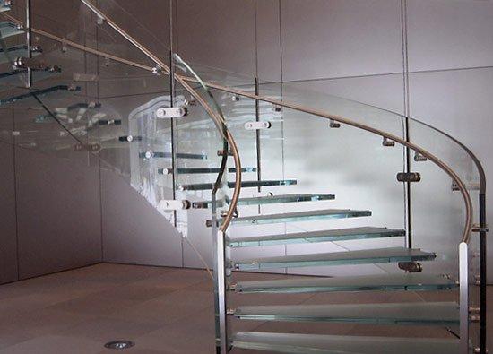 Комплектующие стеклянной лестницы фото