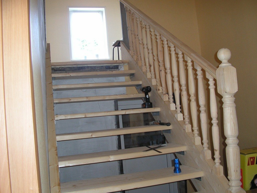 Лестница деревянная на второй этаж своими руками видео