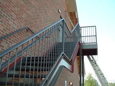 Лестница на чердак своими руками уличная фото 676