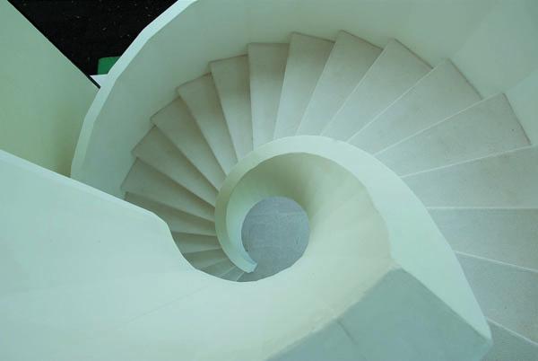 Винтовая лестницы из бетона