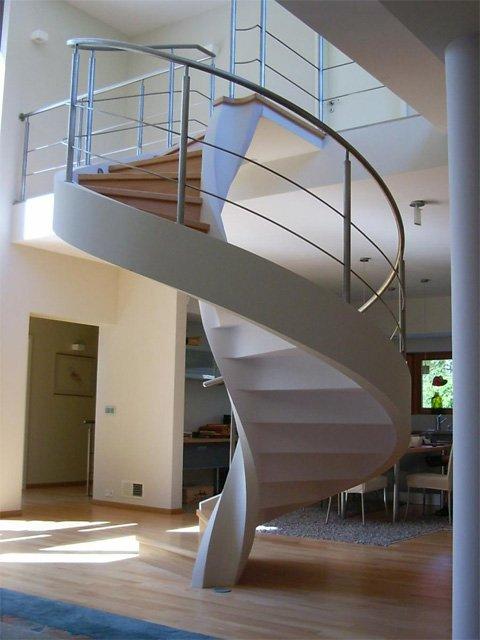 Винтовая бетонная лестница своими руками