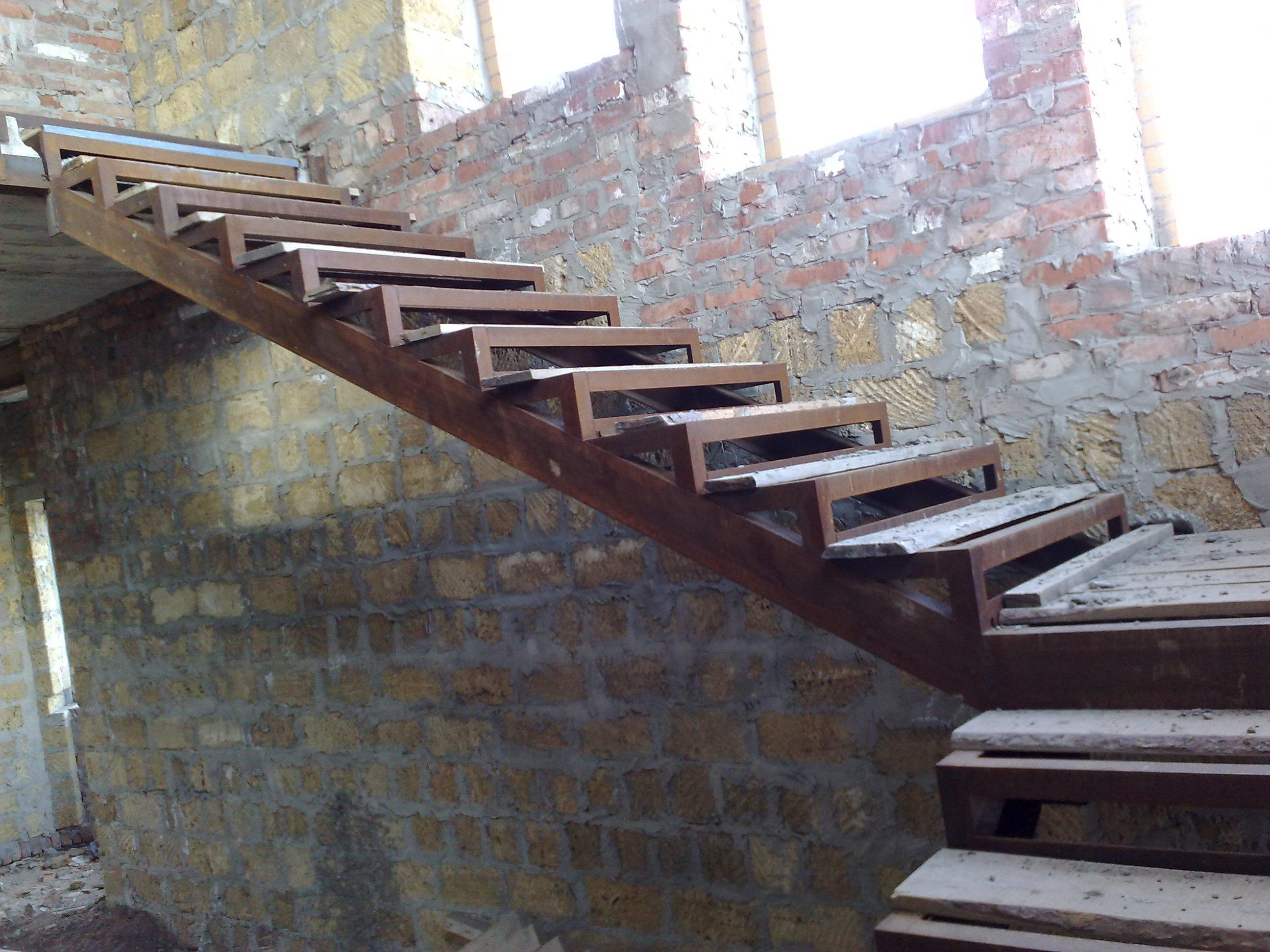 Гусиный шаг лестницы своими руками