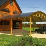 Навес из поликарбоната над крыльцом дома