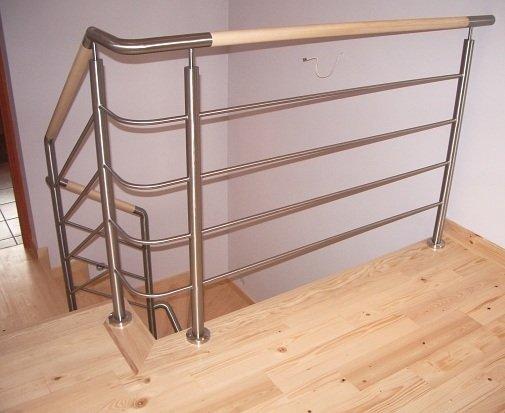 Полимерный поручень для перил лестницы