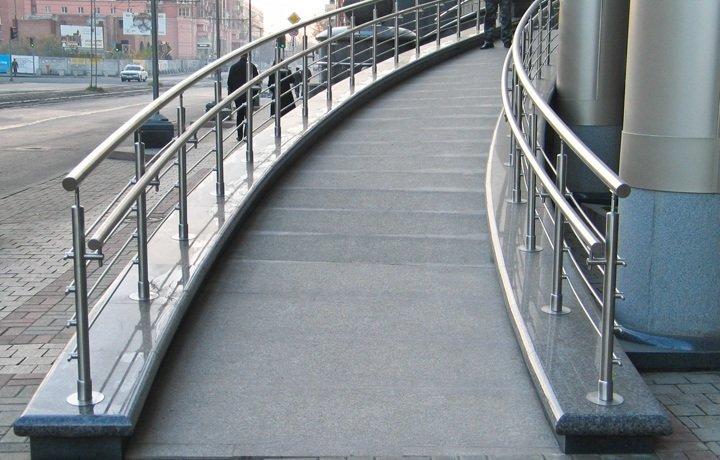 Как сделать поручни для лестницы фото 789