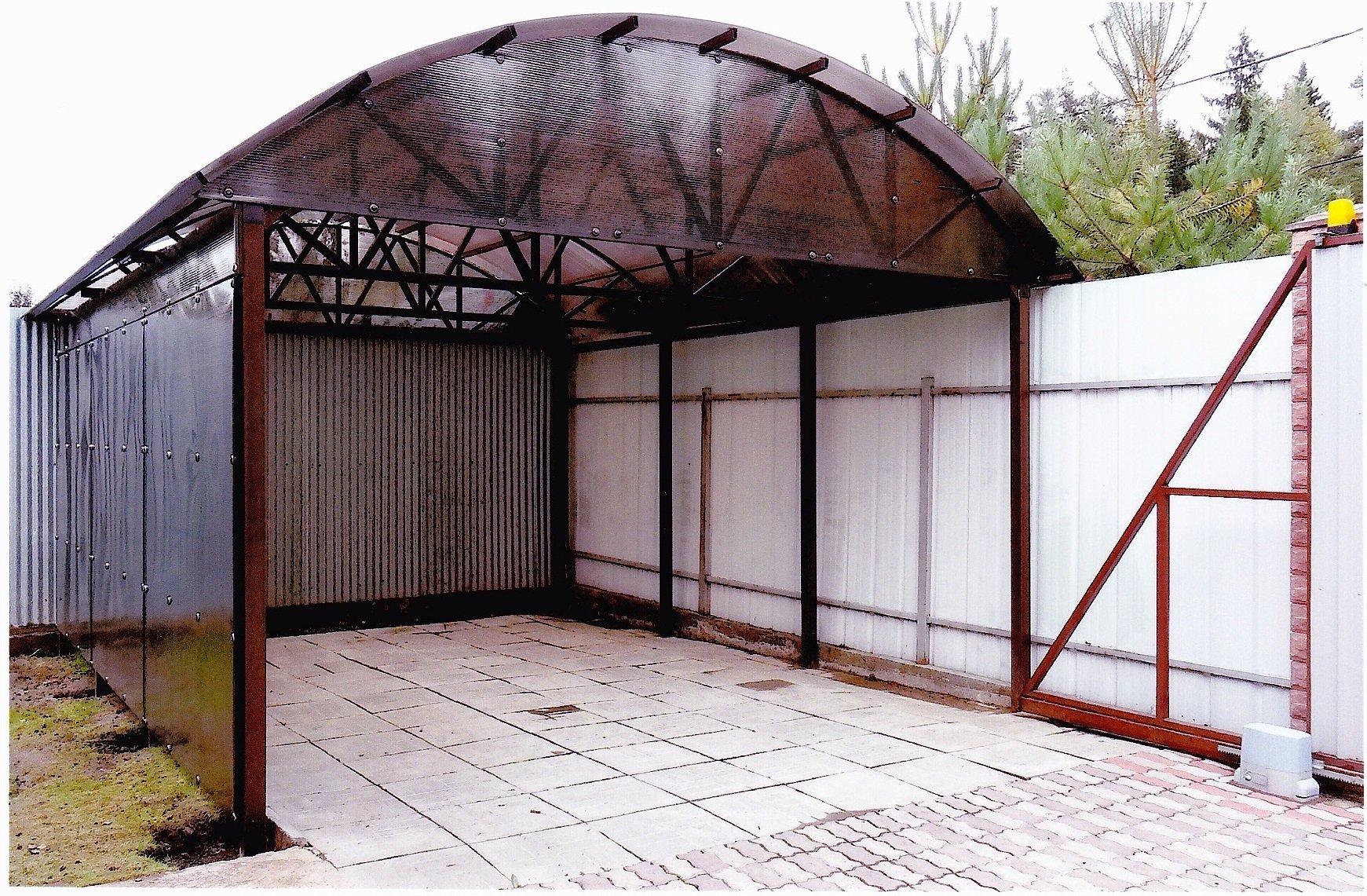 Арочный навес над воротами гаража