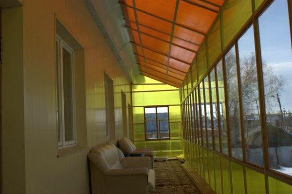 Веранда из цветного поликарбоната