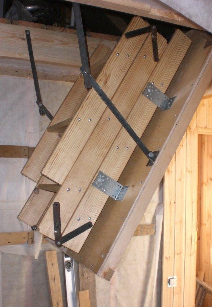 Раскладная лестница на чердак своими руками фото