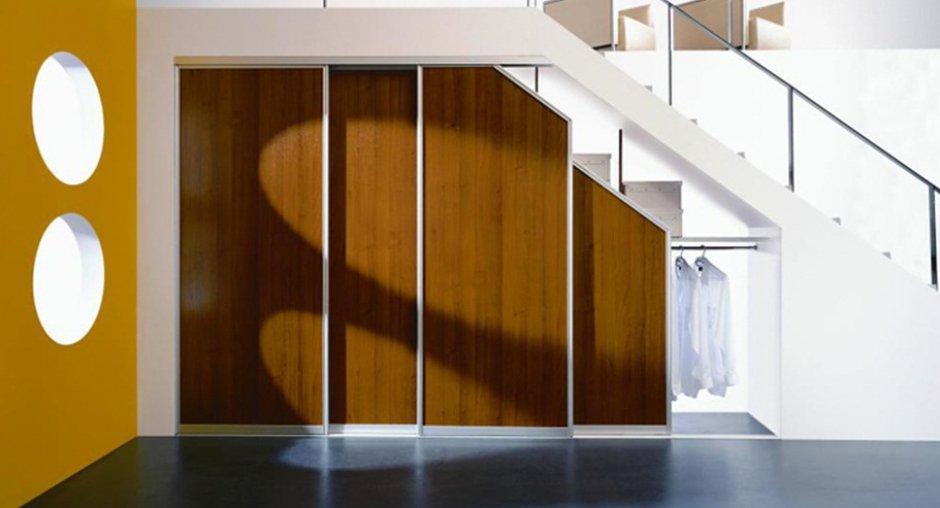 Как под лестницей сделать шкаф своими руками фото