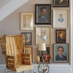 Картины под лестницей фото