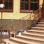 Освещение входной наружной лестниц