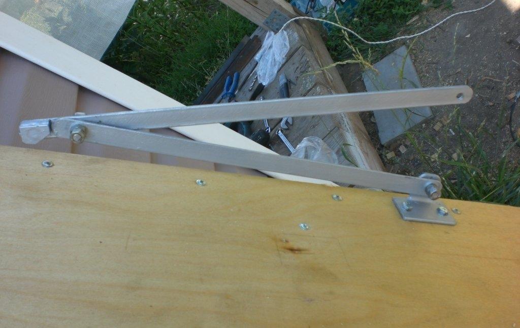 Как сделать подъемник для лестницы