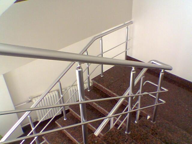 Как сделать поручни для лестницы фото 141