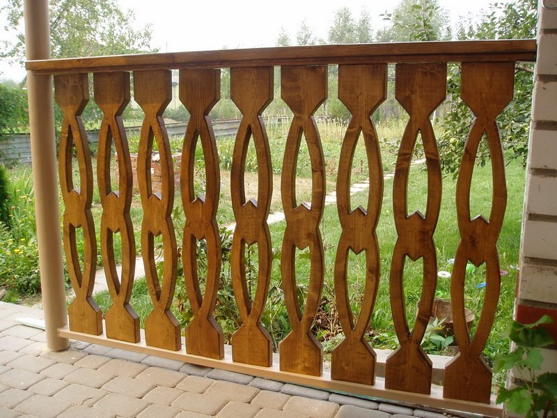 Деревянные плоские балясины фото
