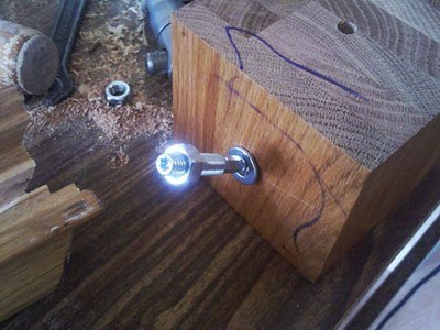 Деревянный поручень для перил фото