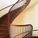 Как построить винтовую лестницу своими руками