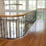 Железные балясины для лестниц фото