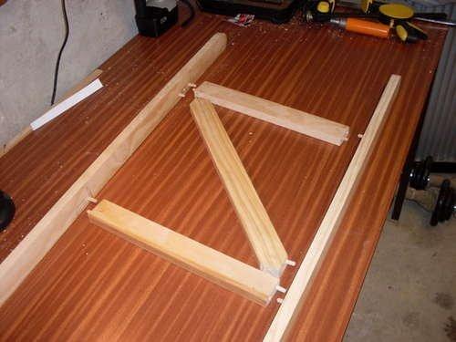 Деревянная табурет-стремянка фото
