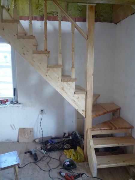 Деревянная забежная лестница своими руками фото