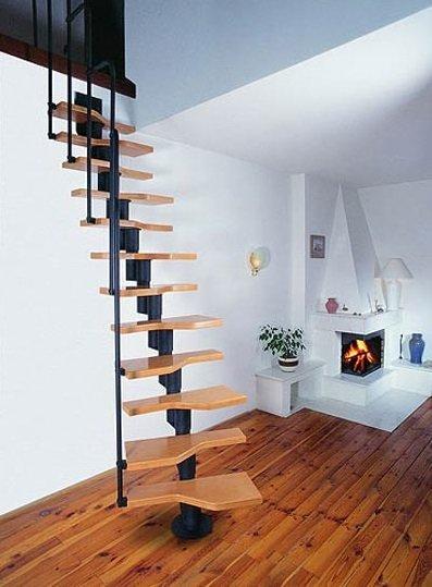 Лестница утиные лапки на сборном косоуре фото