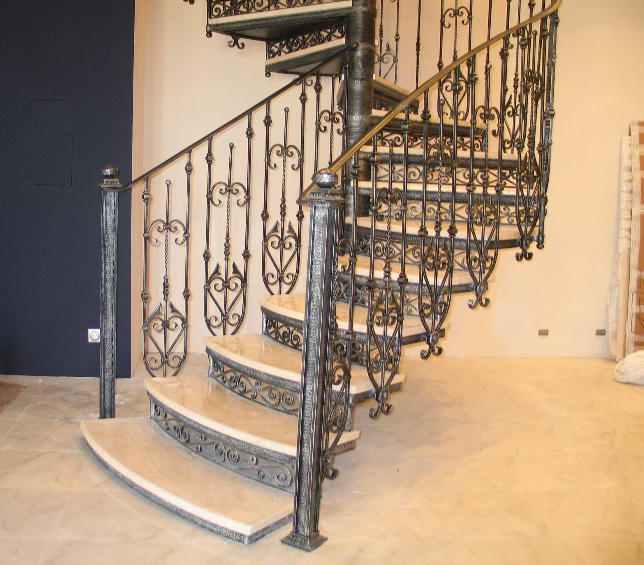 Кованые ограждения для лестниц своими руками. Выбор эскиза, рисунка, фото