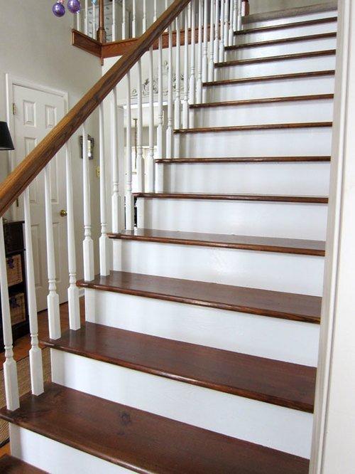 Лестница, окрашенная краской и лаком в 2 цвета
