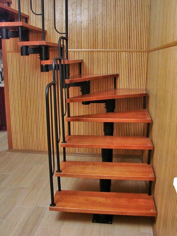 Винтовая лестница своими руками из металла